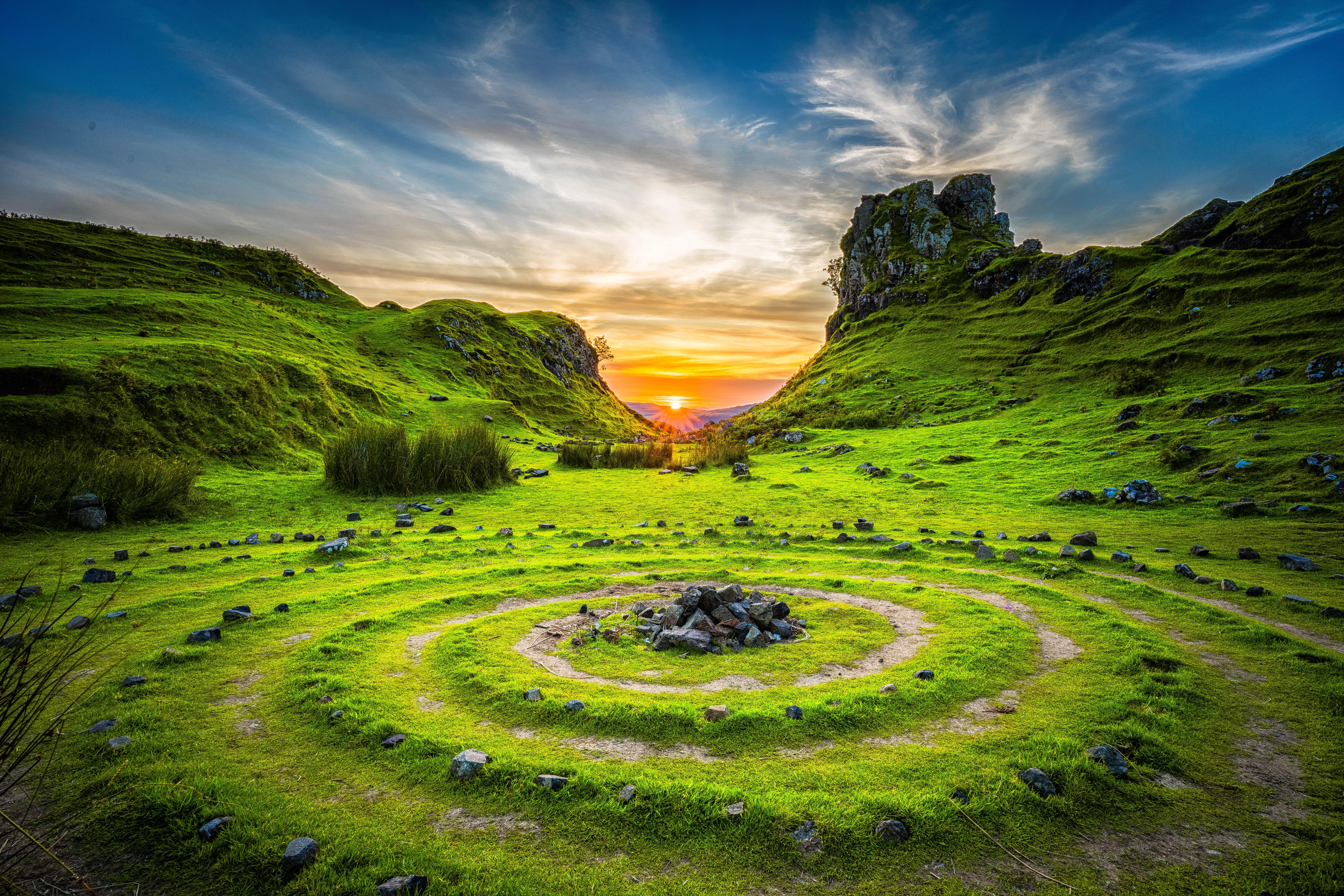 labyrinth-christmas-resurrection