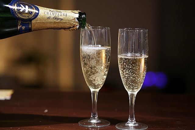 champagne-smorer-tungebåndene-