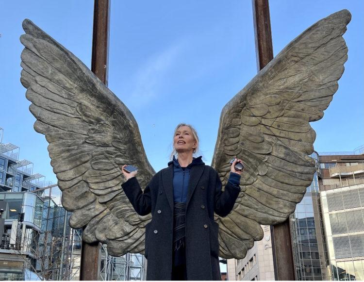 feel-like-an-angel-bodil-fuhr